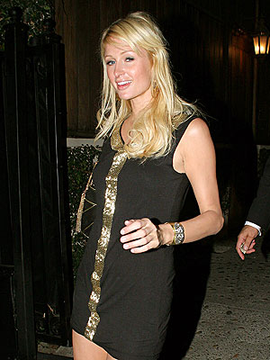 PARTY PIT STOP  photo | Paris Hilton