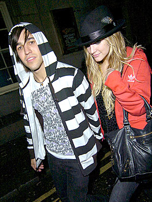 THE BEAT GOES ON photo | Ashlee Simpson, Pete Wentz