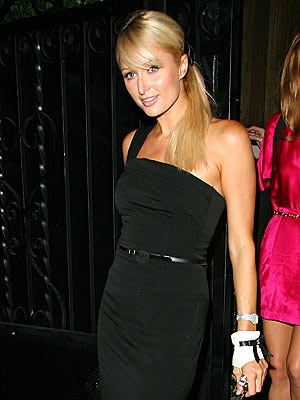 THE GLOVED ONE photo | Paris Hilton