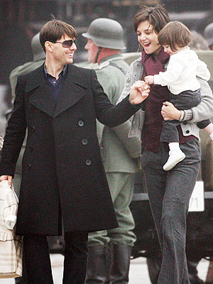 ALL FOR ONE photo | Katie Holmes, Tom Cruise