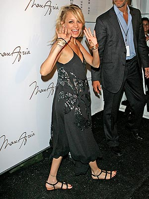 HIGH FIVES photo | Nicole Richie