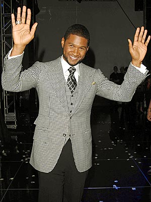 HIS STANDING EAU photo | Usher