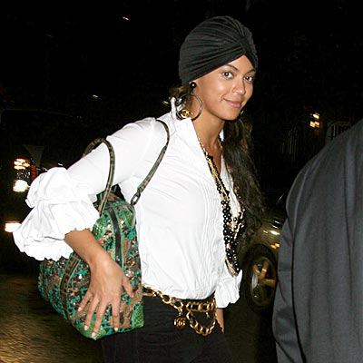 UNDER WRAPS photo   Beyonce Knowles