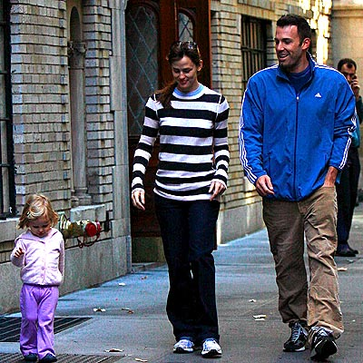 FAMILY MATTERS photo | Ben Affleck, Jennifer Garner