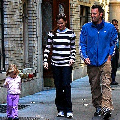 FAMILY MATTERS photo | Ben Affleck, Jennifer Garner