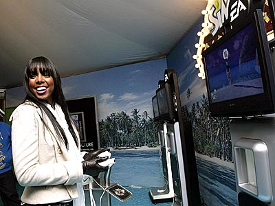 GAME DAY photo | Kelly Rowland