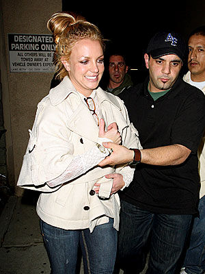 ESCORT SERVICE photo | Britney Spears