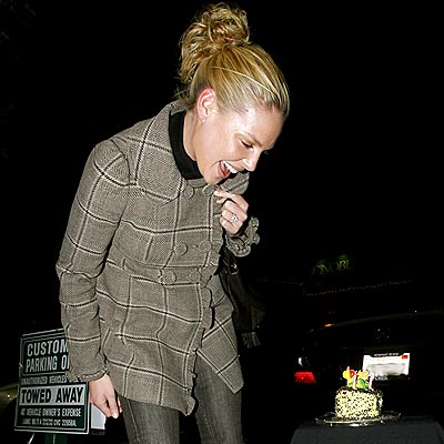 SURPRISE PARTY  photo | Katherine Heigl