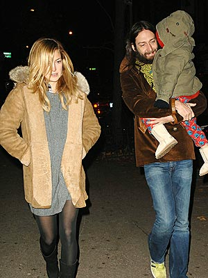 FAMILY TIES photo | Chris Robinson, Kate Hudson