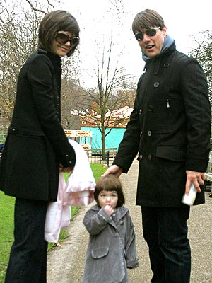 WALK THIS WAY photo | Katie Holmes, Suri Cruise, Tom Cruise