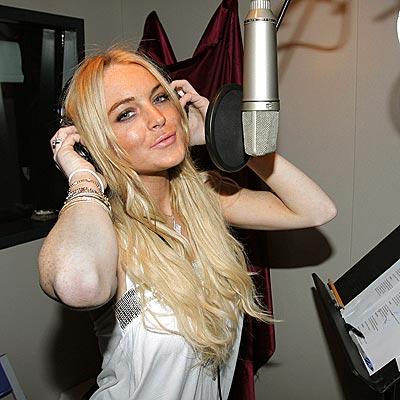 BEHIND THE MUSIC photo   Lindsay Lohan