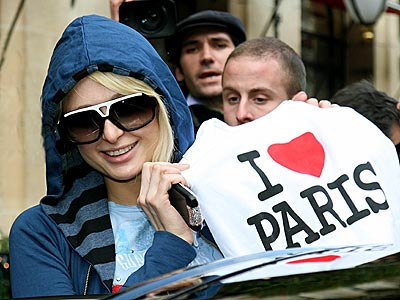 J'ADORE PARIS! photo | Paris Hilton