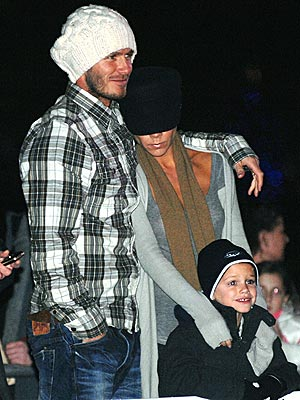 FAMILY BONDING photo | David Beckham, Victoria Beckham