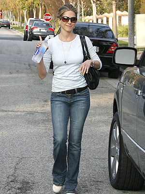 Jennifer Aniston Casual. Found: Jennifer Aniston#39;s
