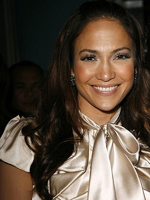 jennifer lopez hair colour. that Jennifer Lopez loves