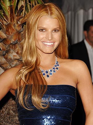jessica simpson hair up. Jessica Simpson#39;s Back to