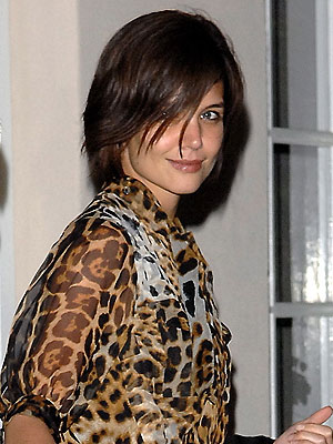 katie holmes short hair 2011. We#39;ve seen Katie Holmes with