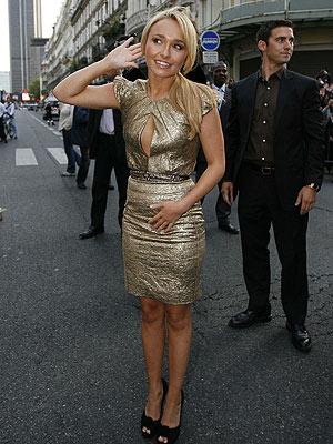 hayden panettiere dresses. Hayden Panettiere#39;s gold