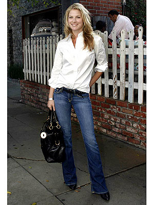 Get Ali Larter s Casual Chic Look From Head to Toe Style News.