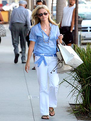 Reese witherspoon 39 s style prep school for Celebrity sextortion watch