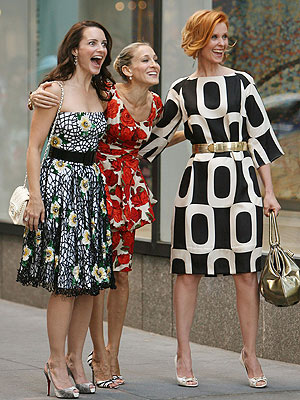 GROUP HUG  photo | Cynthia Nixon, Kristin Davis, Sarah Jessica Parker