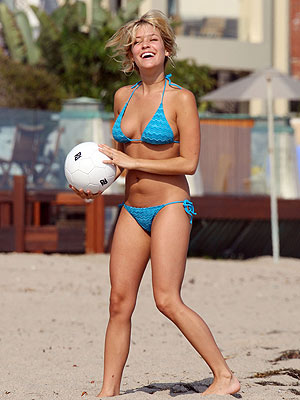 Kristin Cavallari Volly Ball in the Beach