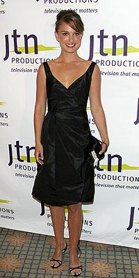 NATALIE PORTMAN photo | Jessica Simpson, Natalie Portman