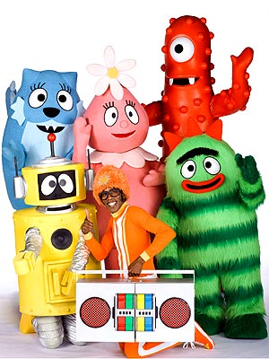 Gabba Gabba Birthday Cake on Yo Gabba Gabba  To Become A Feature Film     Moms   Babies     Moms