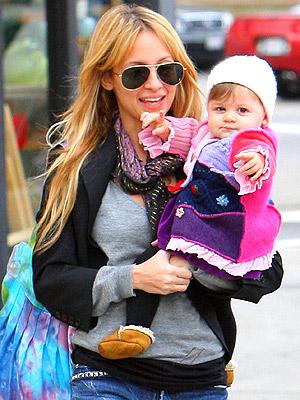 Celebrity baby girls born in 2018   BabyCenter