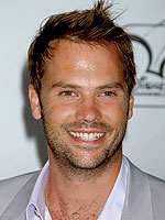 Barry Watson's New Year's Resolution: More Sleep – Moms ...