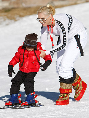 SKI BUNNY photo | Gwen Stefani, Kingston Rossdale