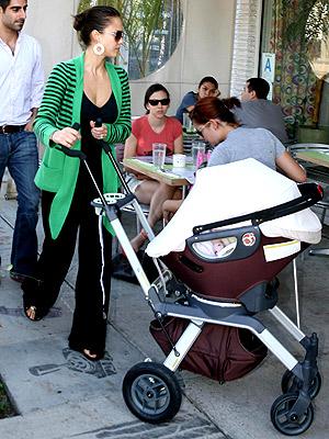 Orbit Baby's Orbit Infant System photo | Cash Warren, Jessica Alba