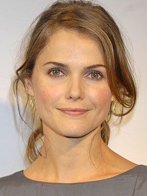 Keri Russell earned a 0.1 million dollar salary - leaving the net worth at 8 million in 2018