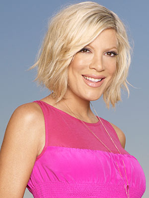 Tori Spelling earned a 1,765 million dollar salary - leaving the net worth at 1.5 million in 2018