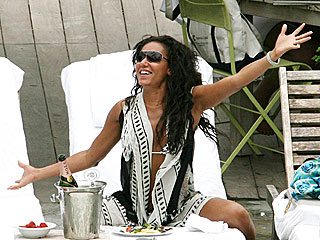 Mel B. Soaks Up the Sun (and Champagne) in Miami   Melanie Brown