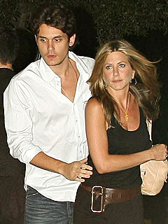 Aniston 'Fits Right In' with Mayer's Concert Tour | Jennifer Aniston, John Mayer