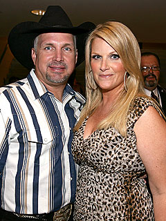 Garth Brooks & Trisha Yearwood Celebrate Anniversary at McDonald's | Garth Brooks, Trisha Yearwood