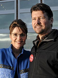 Sarah Palin's Sister-in-Law Arrested for Burglary
