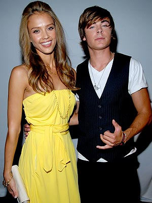 photo | Jessica Alba, Zac Efron