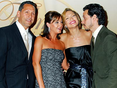  photo | Jennifer Lopez, Leah Remini, Marc Anthony