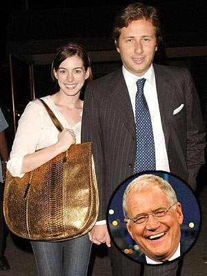 photo | Anne Hathaway, David Letterman