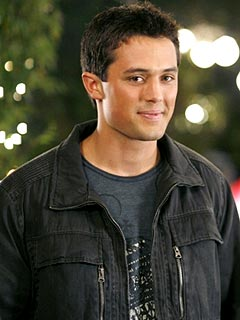 One Tree Hill: Stephen Colletti Returns, Skills Is the Man