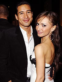 Karina Smirnoff Denies Breaking Up With Mario&nbsp;Lopez
