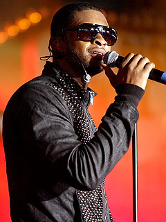usher 240x320 Essence Music Festival in New Orleans: Kanye West, Usher and Jennifer Hudson Will Perform
