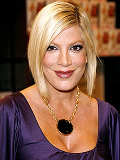 Tori Spelling Set to Return to 90210