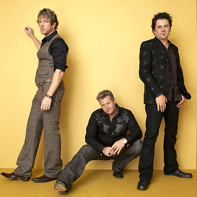 Exclusive! Backstage at the ACM Awards - RASCAL FLATTS - Rascal ...