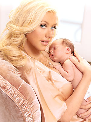 MAMA&#39;S BOY photo | Christina Aguilera