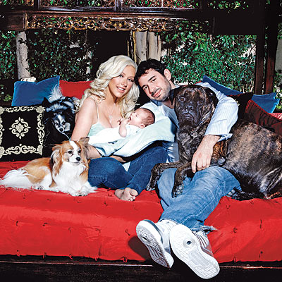 FAMILY PORTRAIT photo | Christina Aguilera, Jordan Bratman