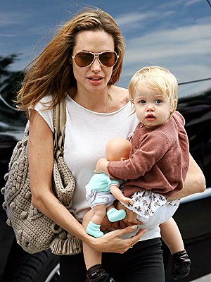 WHAT A DOLL  photo | Angelina Jolie, Shiloh Jolie-Pitt