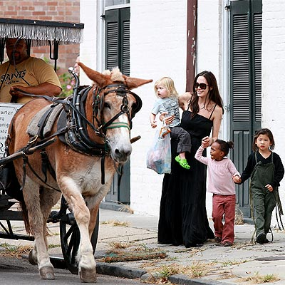 WALK ABOUT photo | Angelina Jolie, Pax Thien Jolie-Pitt